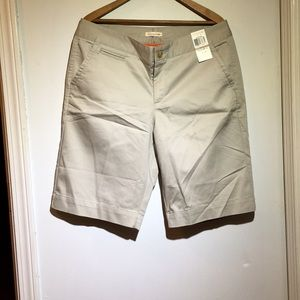 NWT DOCKERS - Khaki Shorts